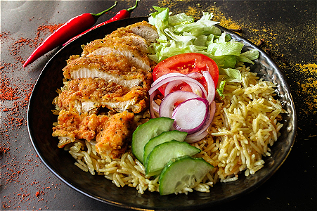 Foto Crispy Chicken & Rice (Indian Style)